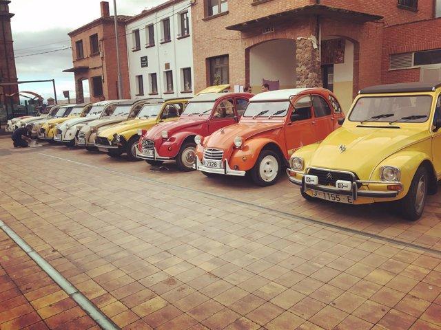Exposición de vehículos 2 CV