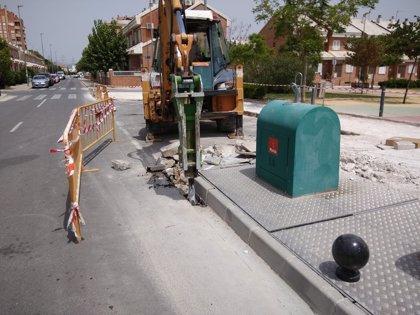 Comienzan las obras de pavimentación junto a la escuela infantil y el jardín de los Rectores