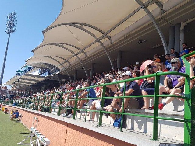 Gradas del polideportivo Juan de la Cierva en Getafe en el Nacional de atletismo