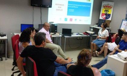Empresarios malagueños prueban con Guadalinfo una nueva herramienta para validar competencias digitales