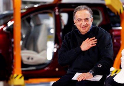 El CEO de Fiat Chrysler abandona el cargo por complicaciones quirúrgicas