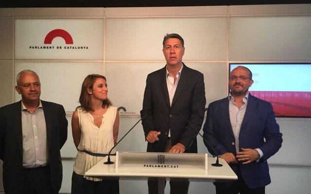 García Albiol felicita a Casado y destaca las ganas de presentar un proyecto 'ilusionante' para todos los españoles