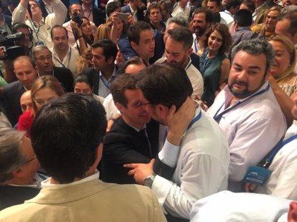 """Antona felicita a Casado y ofrece su """"absoluta lealtad y disciplina"""""""
