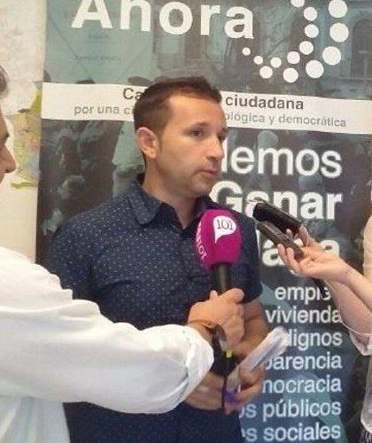 Juan José Espinosa deja sus cargos de manera cautelar en Podemos Málaga