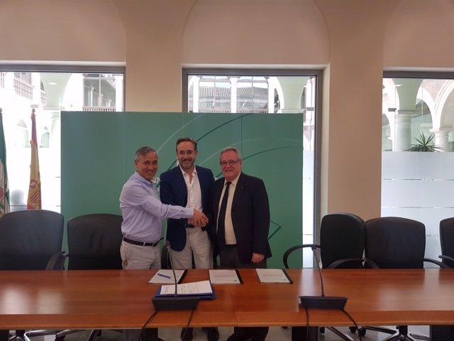 La Junta cede en Granada alojamientos a Cruz Roja