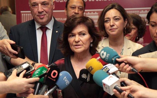 Calvo afirma que Pedro Sánchez tuvo 'agenda institucional todo el día' y luego fue al FIB, como si hubiera ido al teatro