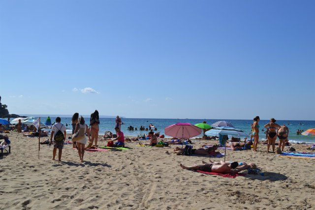 Playa, sol, bañistas, recurso