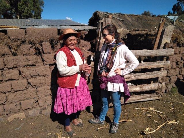 Guijarro (dcha.), durante su visita a Cuzco
