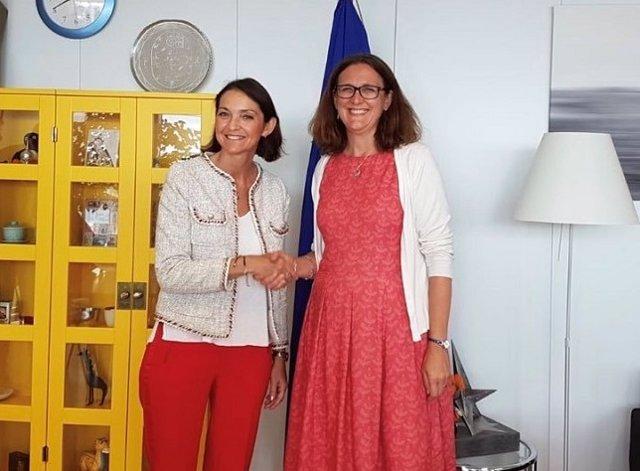 Reyes Maroto y Cecilia Malmström