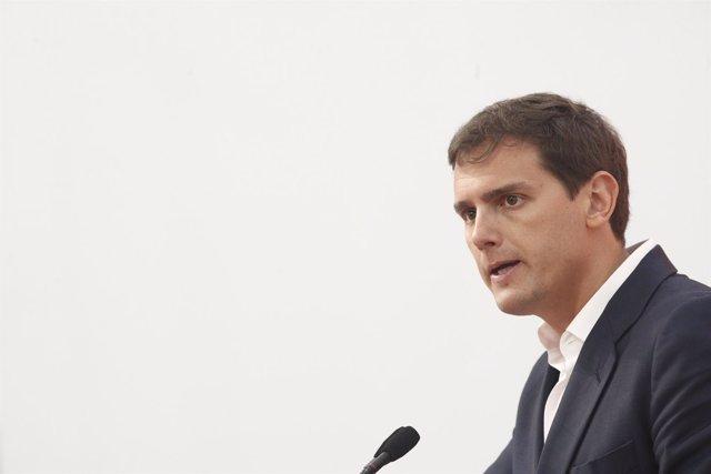 Rivera ofrece una rueda de prensa tras el Comité Permanente de Ciudadanos