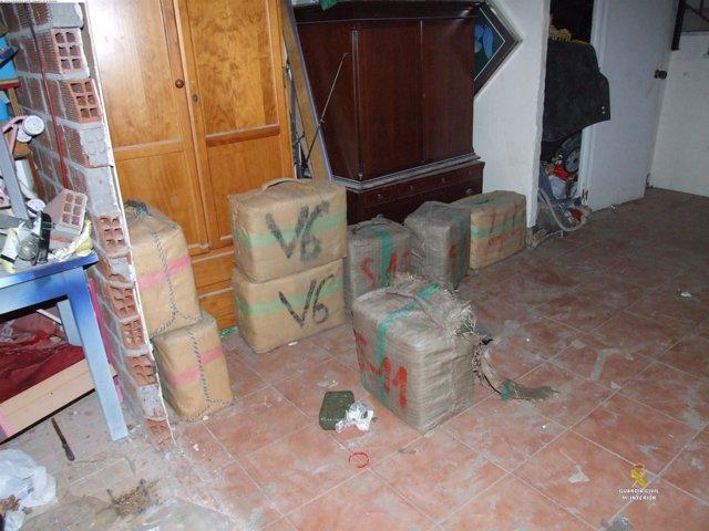 Droga intervenida en una 'guardería' en San Roque
