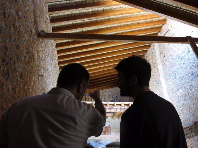 Visita a la 'tafona' de Raixa tras la restauración del tejado