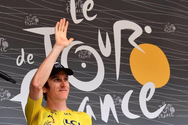 El líder del Tour de Francia, el británico Geraint Thomas