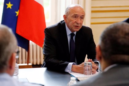 Collomb asegura que informó inmediatamente a Macron sobre la agresión por parte de uno de sus guardaespaldas