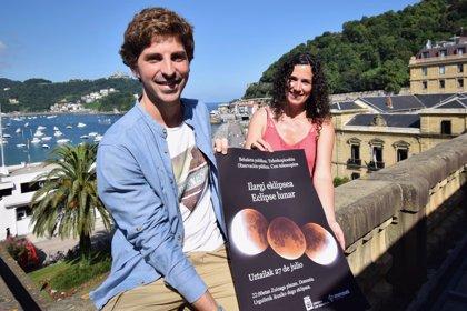 Ayuntamiento de San Sebastián y Aranzadi colocan telescopios en Urgull para ver el eclipse lunar más largo de este siglo