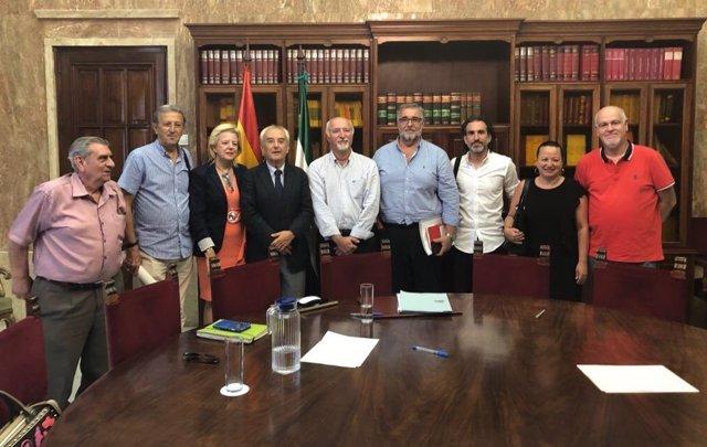 Reunión en la Subdelegación con la Mesa del Ferrocarril
