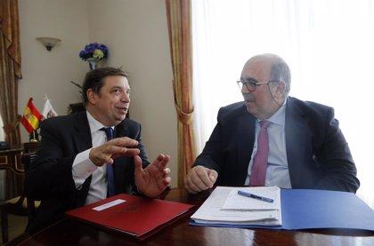 Oria pide a Planas nuevas infraestructuras en zonas de montaña y apoyo a la IGP Anchoa