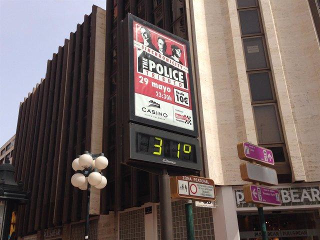 Termómetro marca 31 grados en Valencia.