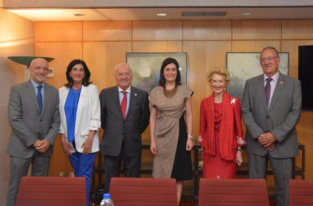 Primer reunión Ministerio Sanidad y Carmen Montón