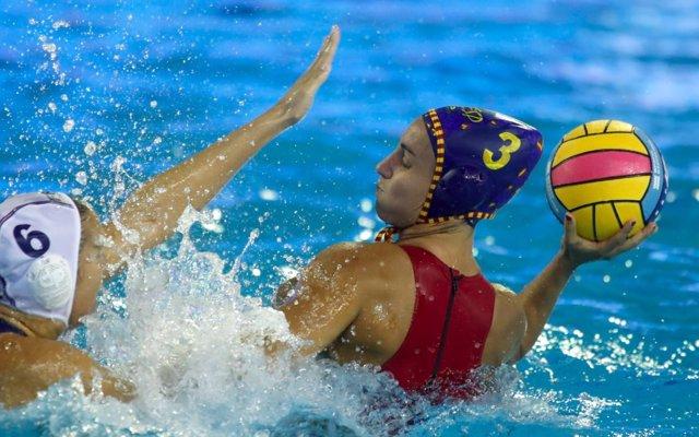Anna Espar con la selección española de waterpolo