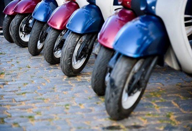 banco santander financia 100 motos de la 39 startup 39 de 39 moto sharing 39 yugo. Black Bedroom Furniture Sets. Home Design Ideas