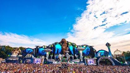 Vídeos de las actuaciones en Tomorrowland 2018 de Steve Aoki, Axwell, Armin Van Buuren, Dua Lipa o Carl Cox