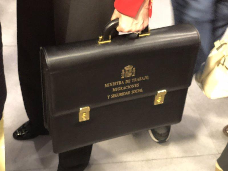 El ministerio de trabajo actualizar pensiones for Zapatero para exterior