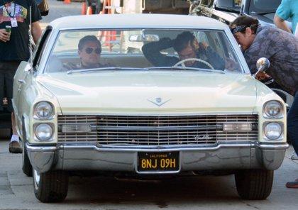 Brad Pitt y Leonardo DiCaprio derrochan buen rollo en el rodaje de Once Upon a Time in Hollywood, lo nuevo de Tarantino