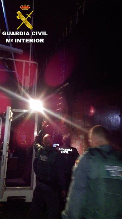 Intervienen un buque mercante en el Puerto de Las Palmas y detienen a un tripulante por amenazas