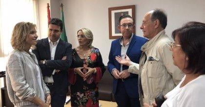"""Diputados y senadores del PSOE de Huelva se reúnen con la subdelegada, que abre """"una nueva etapa de diálogo"""""""