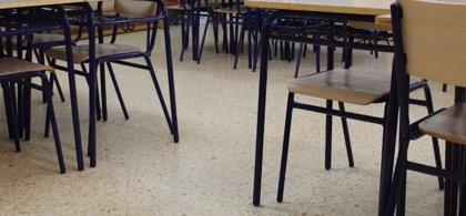 """Plataforma en defensa de l'ensenyament públic reclama retirar de las escuelas """"todas las religiones"""""""