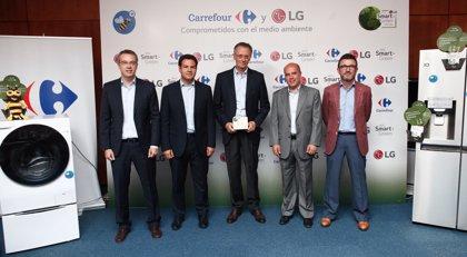 Carrefour y LG realizan una acción de concienciación por el medioambiente