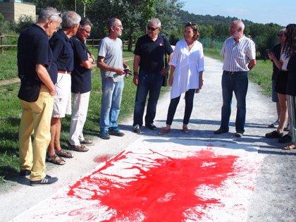 Pisadas de los peregrinos recrearán el Camino de Santiago en Logroño en una obra del artista Jonás Olarte