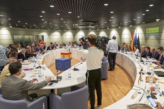 Resultado de imagen de Canarias recibirá 4,9 millones de euros más para ampliar la formación destinada al empleo