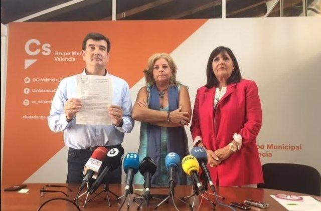 Fernando Giner, Consuelo Ordóñez y María Jiménez