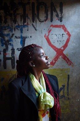 Adolescente contra el VIH de UNICEF