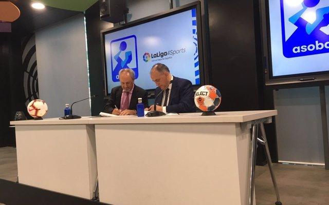 LaLiga y ASOBAL firman un acuerdo para la retransmisión en abierto de 130 partidos del balonmano español