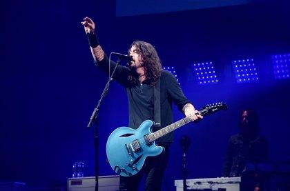 Dave Grohl ha grabado en vivo y en solitario una canción instrumental de 25 minutos