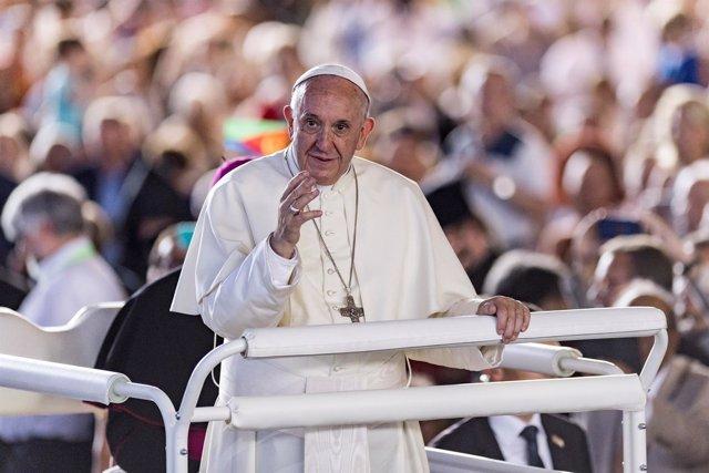 El Papa Francisco visita Suiza