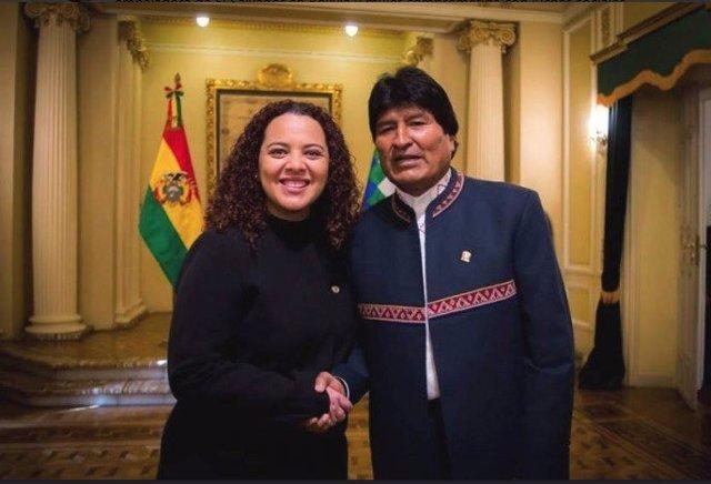 El Salvador rechaza negligencia por la muerte de su embajadora en Bolivia