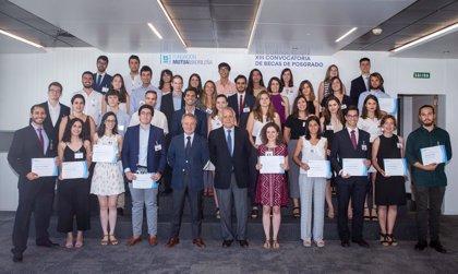 Fundación Mutua Madrileña destina 714.000 euros a 40 nuevas becas de posgrado para ampliar estudios en el extranjero