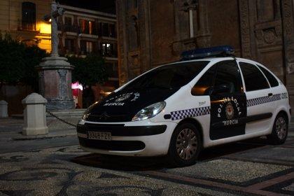 La Policía Local detiene en Murcia (España) a un hombre ecuatoriano por amenazar de muerte a su mujer