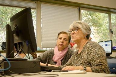 El programa Vincles per a gent gran de Barcelona arribarà als 1.000 usuaris aquesta tardor (Europa Press - Archivo)
