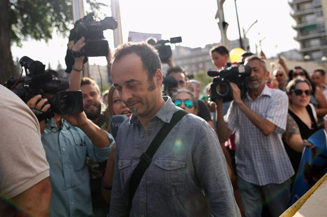 Francesco Arcuri, excompañero de Juana Rivas, llega a los juzgados de Granada