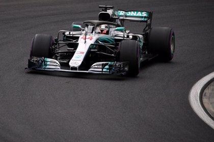 Hamilton hace la 'pole' bajo el chubasco de Hungaroring, con Sainz quinto y Alonso undécimo