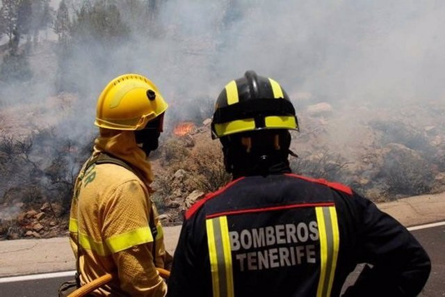 Imagen de archivo de Brifor y Bomberos de Tenerife