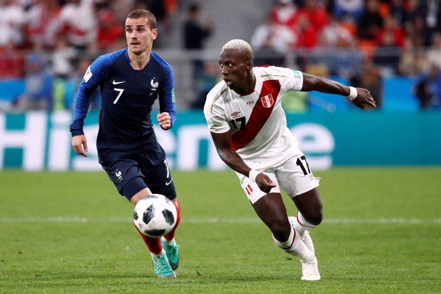 Luis Advíncula - World Cup - Group C - France vs Peru