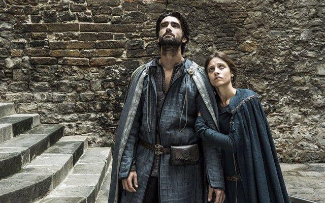 La serie 'La Catedral del Mar' y 'La Vanguardia', Premios Liber 2018