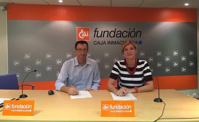 Firma del convenio entre Fundación CAI y Fundesa.