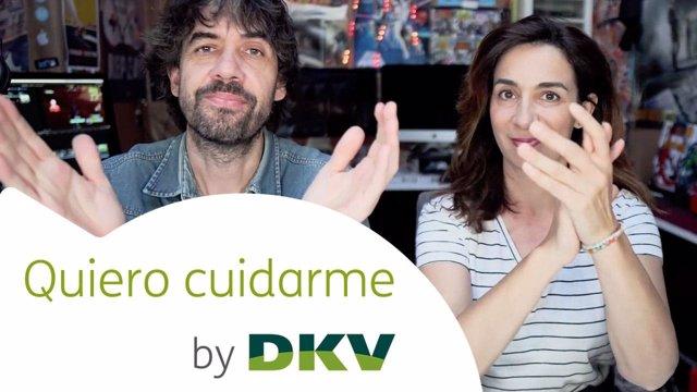 Los 'youtubers' Olga y Antuán protagonizan los vídeos del canal de DKV